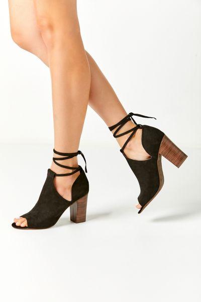 BC Footwear Set Me Free II Ankle Boot