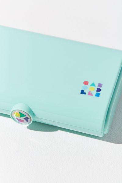 Caboodles TAKE IT™ Touch-Up Case