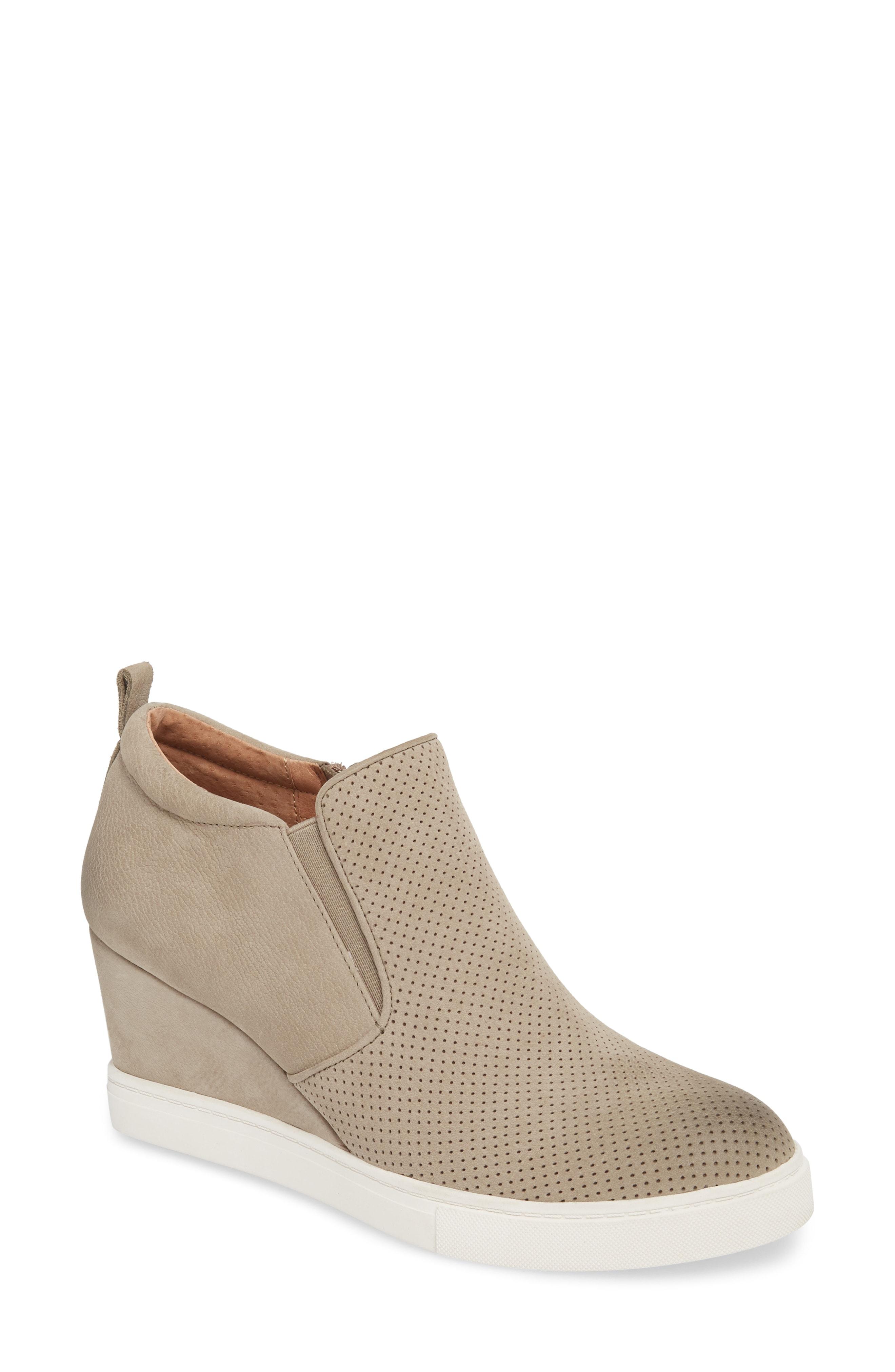 Caslon Aiden Wedge Sneaker (Women)