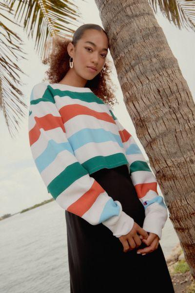 Champion & UO Rainbow Stripe Cropped Sweatshirt
