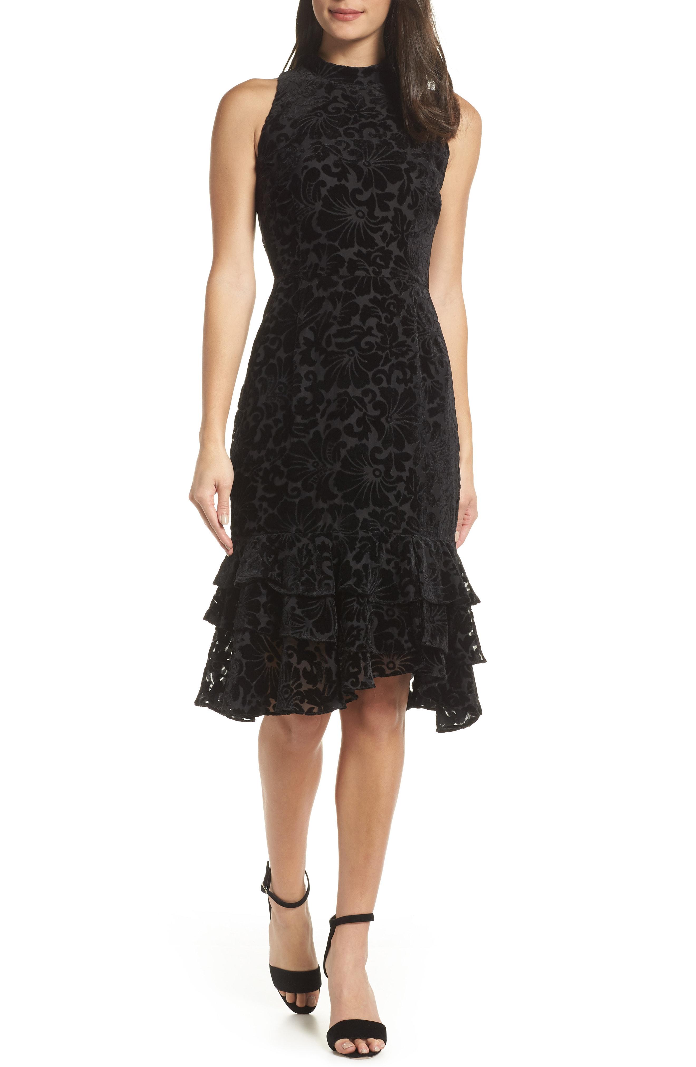 Chelsea28 Burnout Velvet Sheath Dress