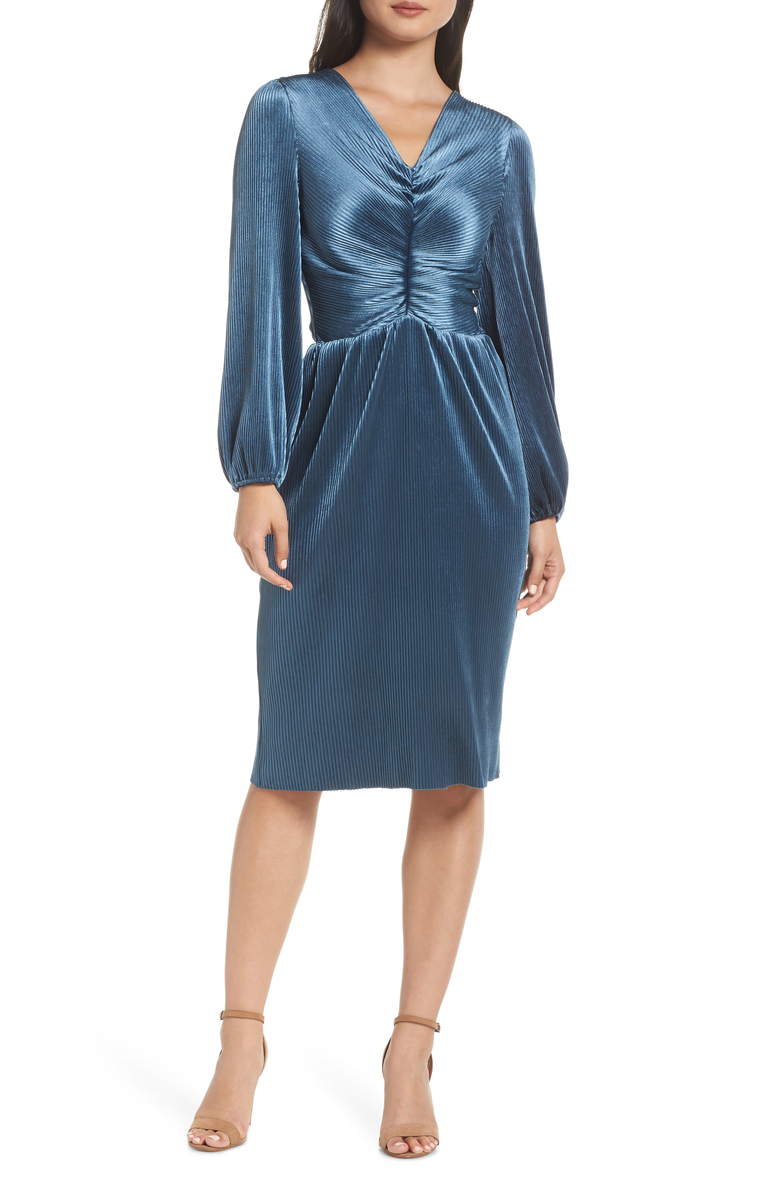 Chelsea28 Ruched Velvet Dress