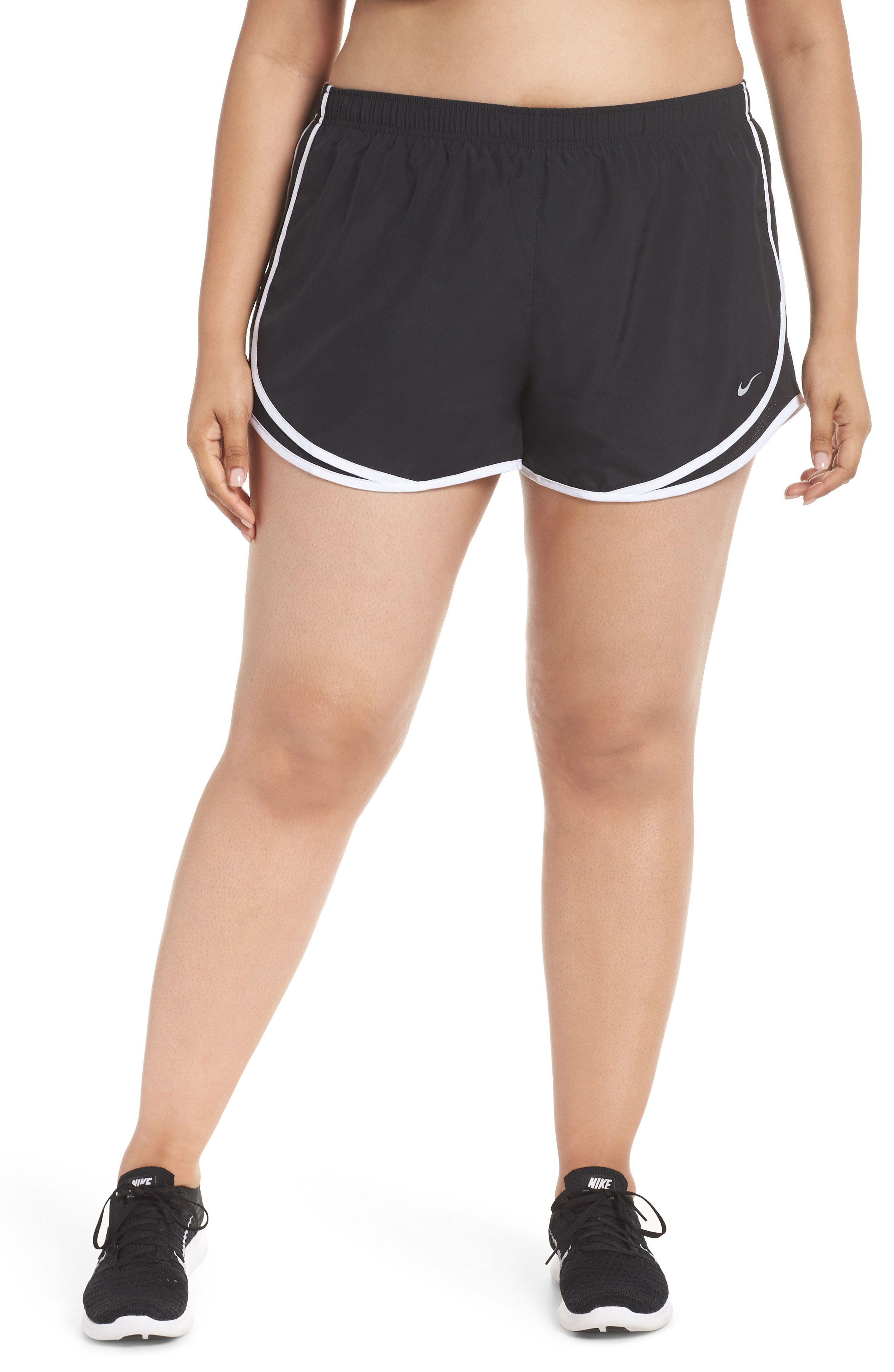 Nike Dry Tempo Running Shorts (Plus Size)