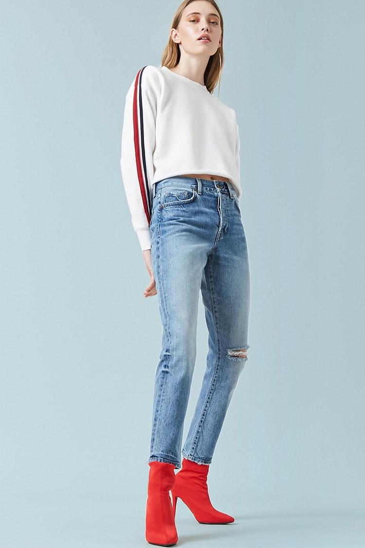F21 High-Rise Knee-Slit Mom Jeans