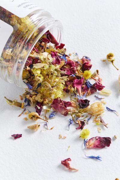 Intention Botanicals In Flower Botanical Facial Steam