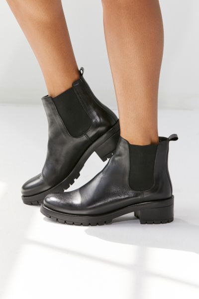 Maci Chelsea Boot