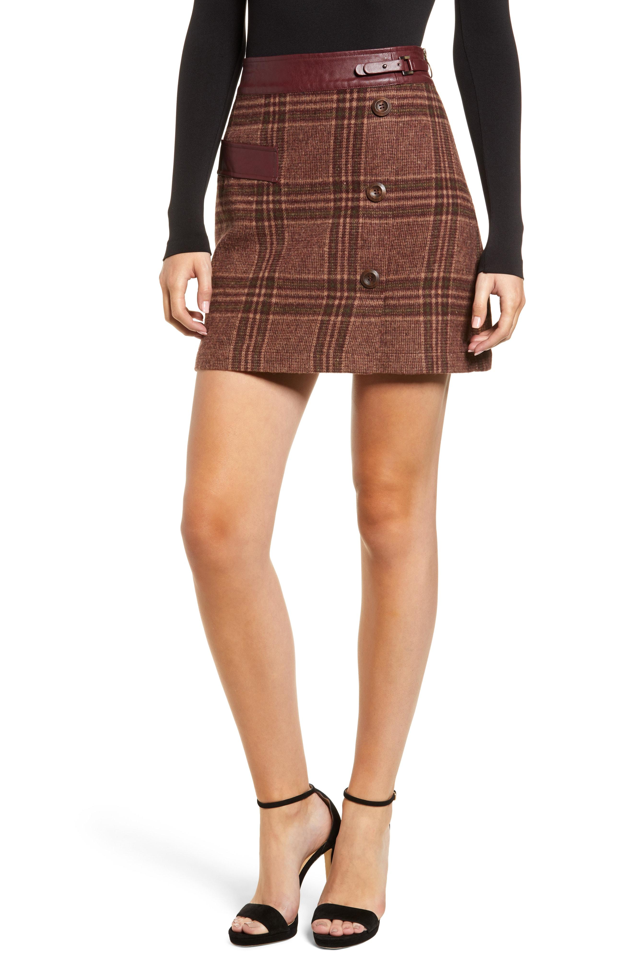 MOON RIVER Plaid Miniskirt