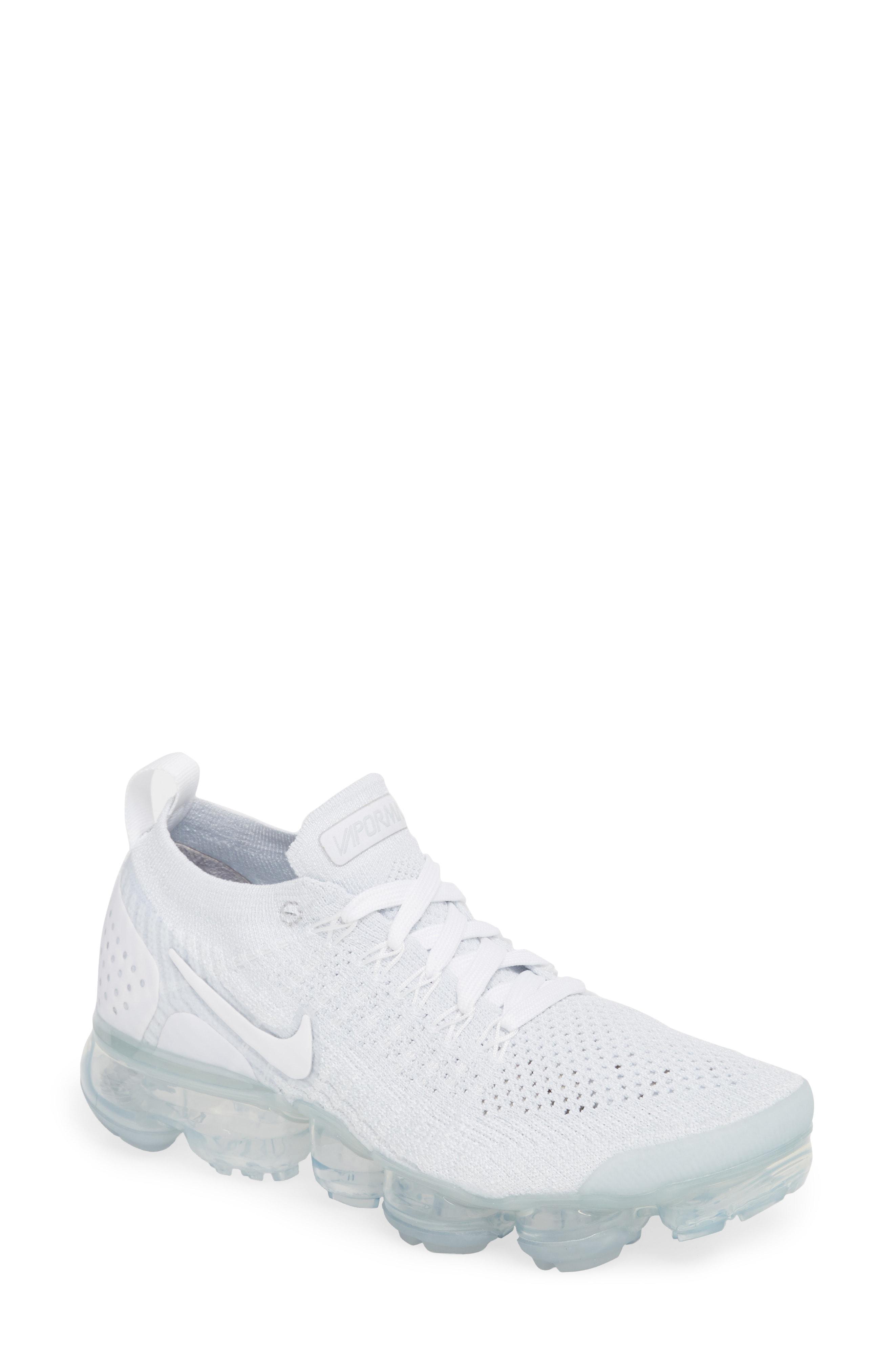 Nike Air VaporMax Flyknit 2 Running Shoe (Women)