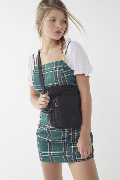Nike Small Tech Crossbody Bag