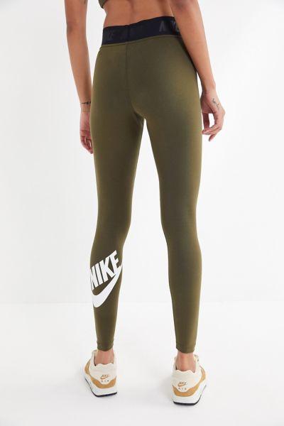 Nike Sportswear Leg-A-See High-Rise Legging