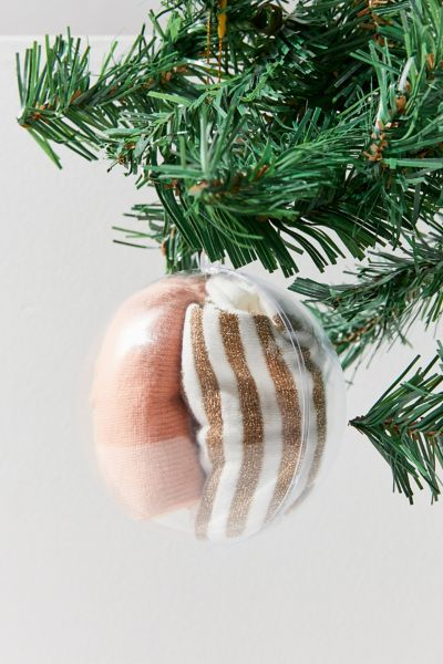 Pair Of Thieves Ah-Mazing Sock Ornament Pack