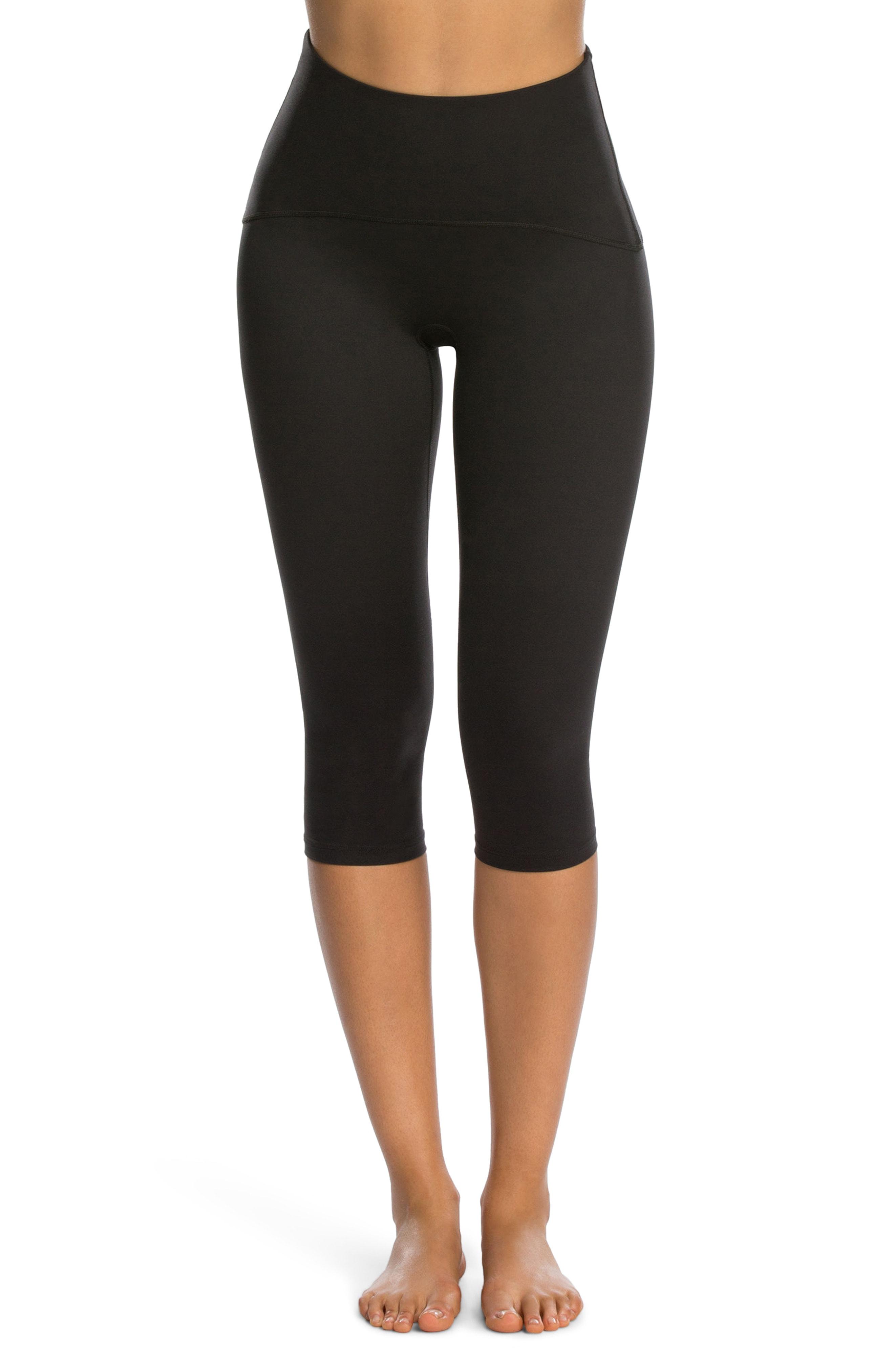 SPANX Active Knee-Length Leggings