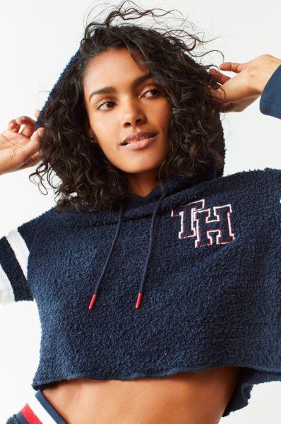 Tommy Hilfiger X UO Marshmallow Cropped Hoodie Sweatshirt