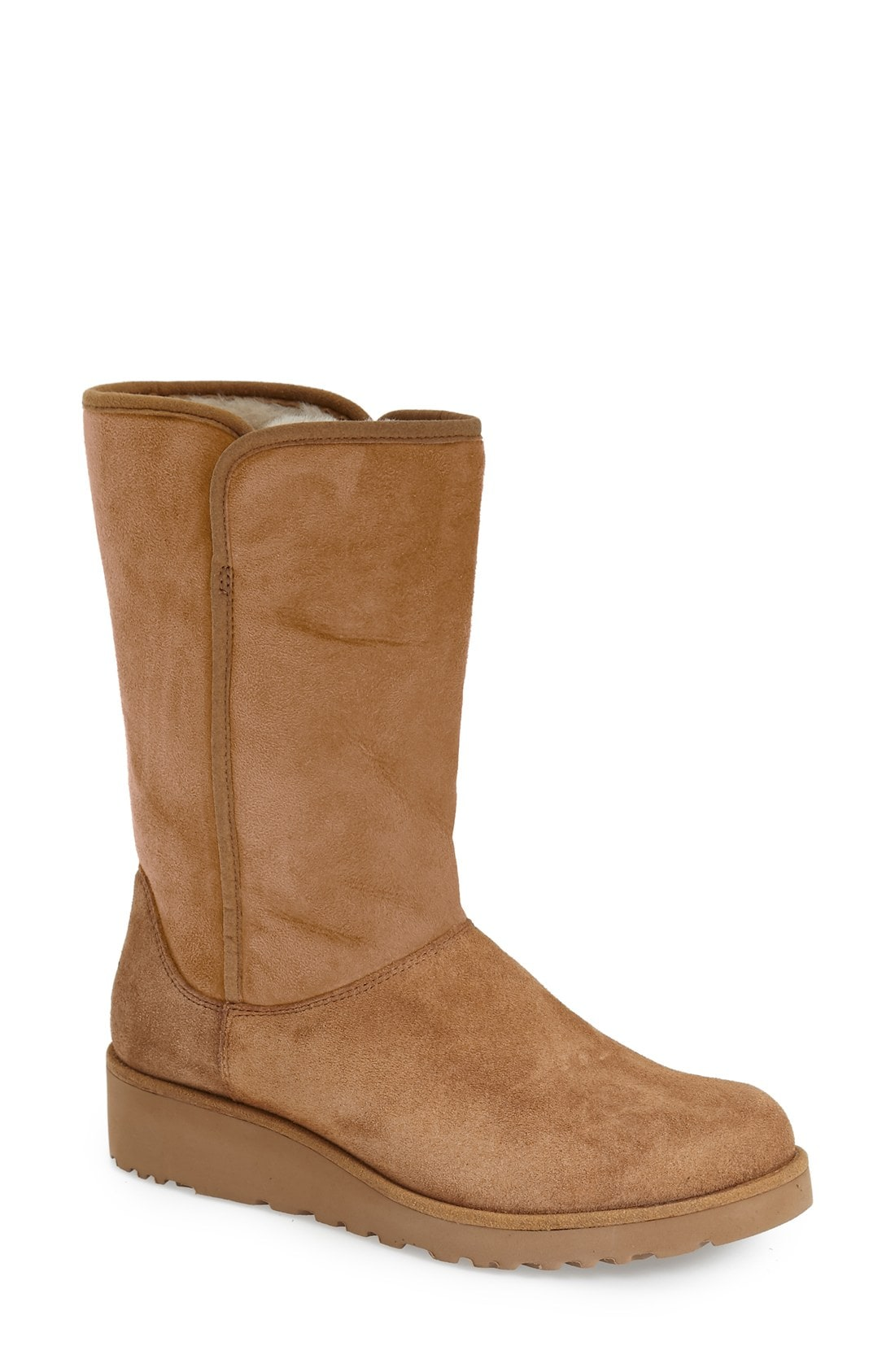 UGG Amie - Classic Slim Water Resistant Short Boot (Women)