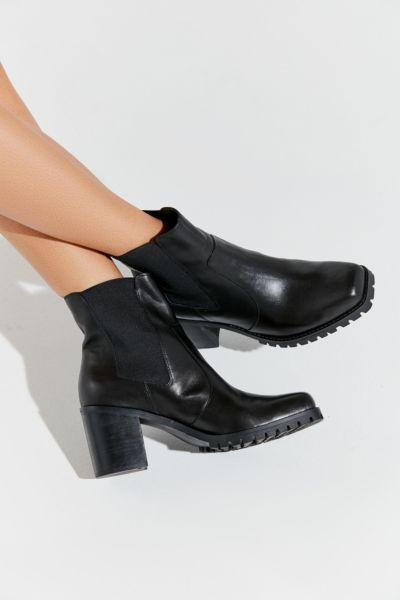 UO Alex Square Toe Chelsea Boot