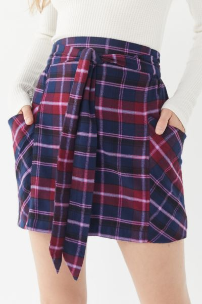 UO Cameron Flannel Tie-Front Mini Skirt