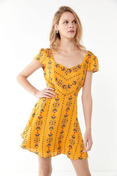 UO Finnigan Floral Mini Dress