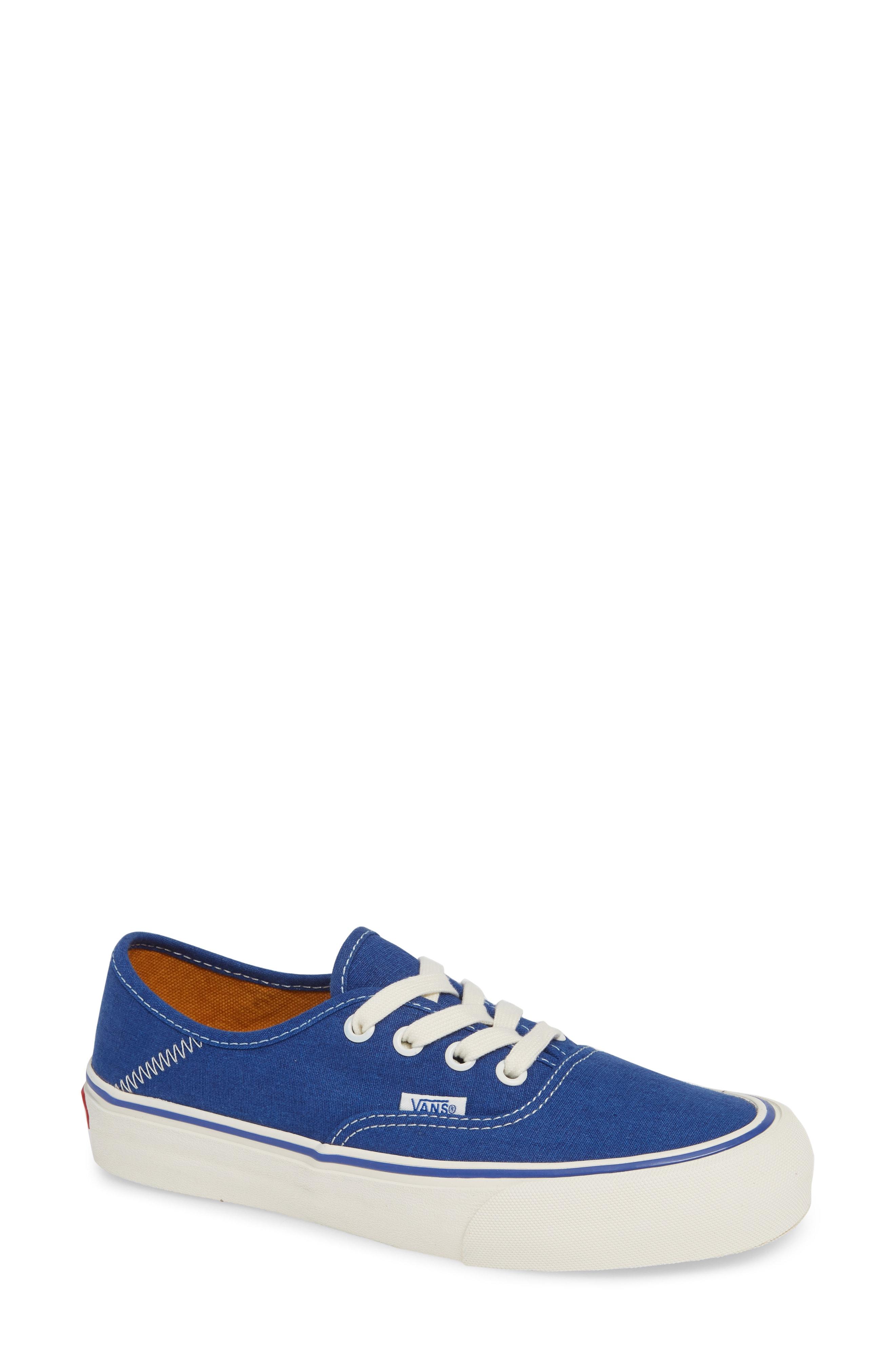 Vans UA Authentic Sneaker (Women)